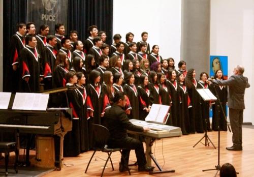 Coro Universidad Central del Ecuador